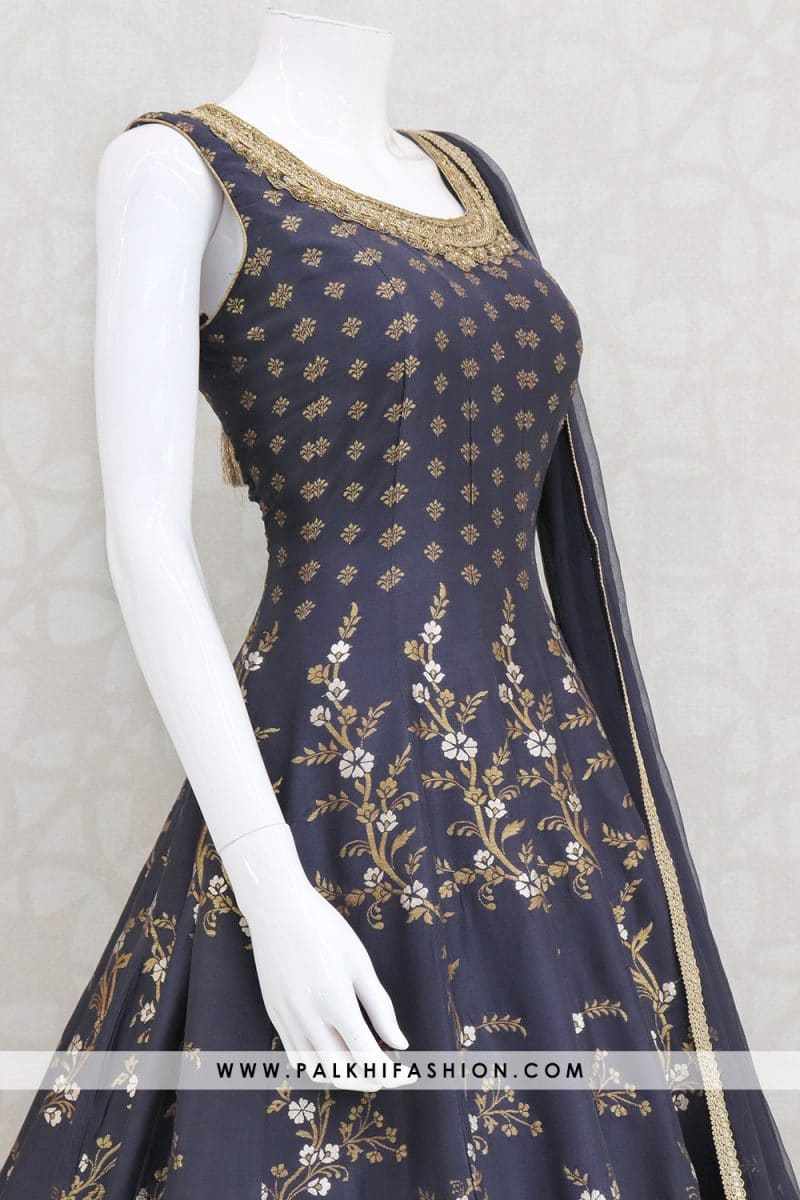 blue designer soft silk indian outfit from palkhi fashion.Beautify with continuous silk weaving & embroidery designs with petite stone,kundan work.New indian outfit collection from palkhi fashion.